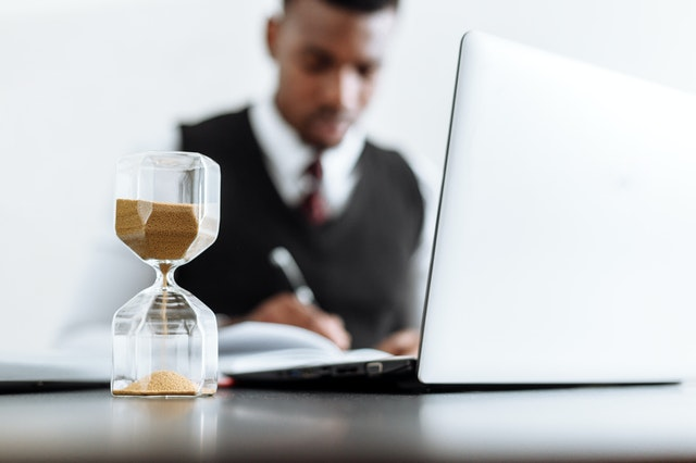How Long Should You Wait Before Suing for Unpaid Wages