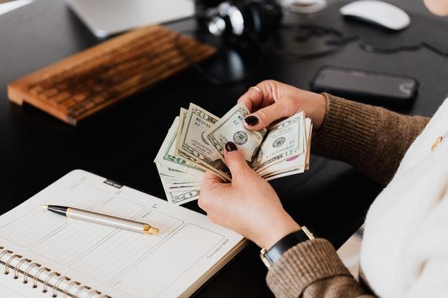 Ley de Salario Mínimo y Horas